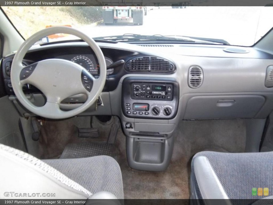 1997 Plymouth Grand Voyager #11