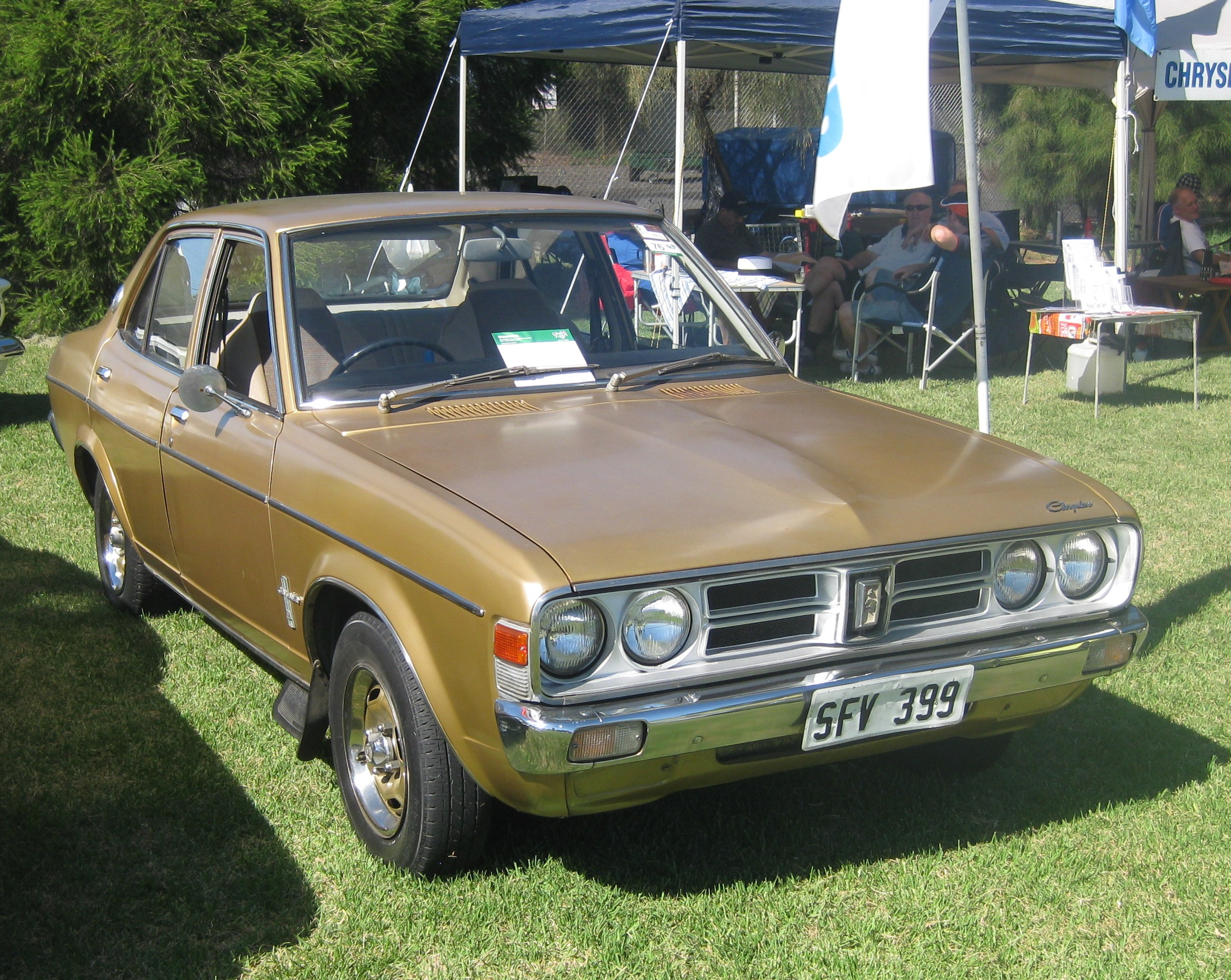 1976 Chrysler Valiant #10