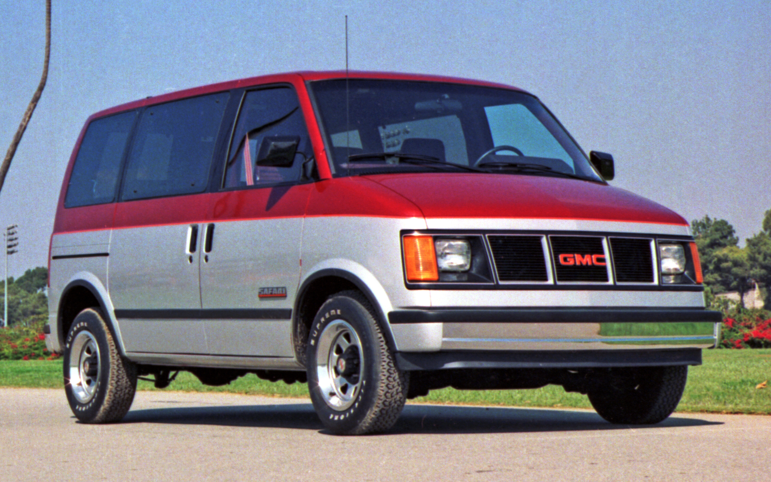 GMC Safari #6