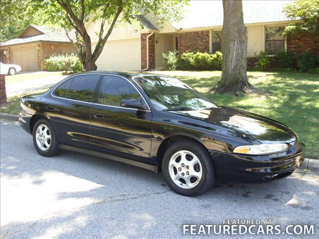 1999 Oldsmobile Intrigue #11