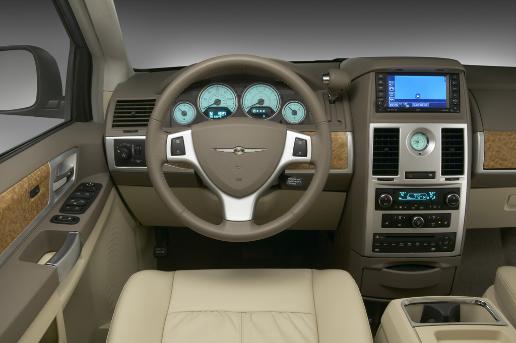 2006 Chrysler Town And Country #14