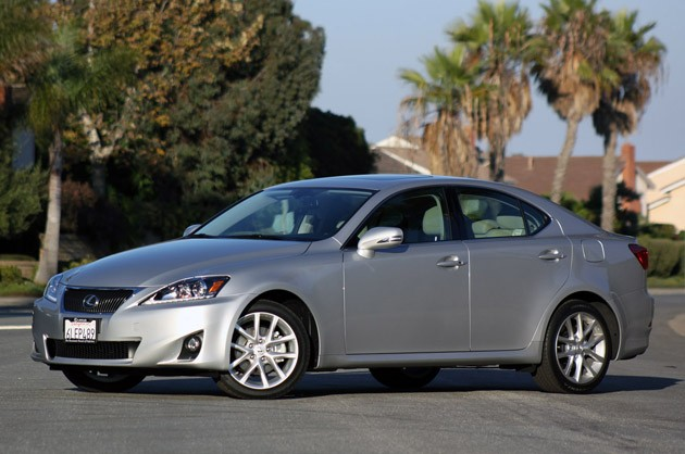 2011 Lexus IS #4