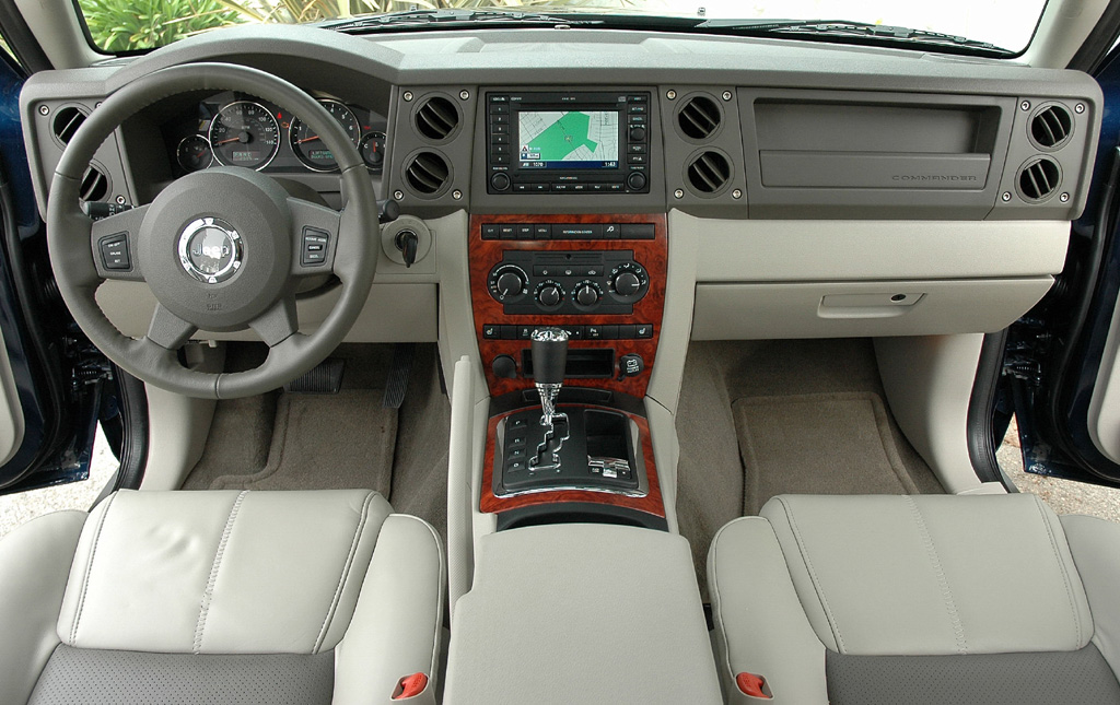 2006 Jeep Commander #5