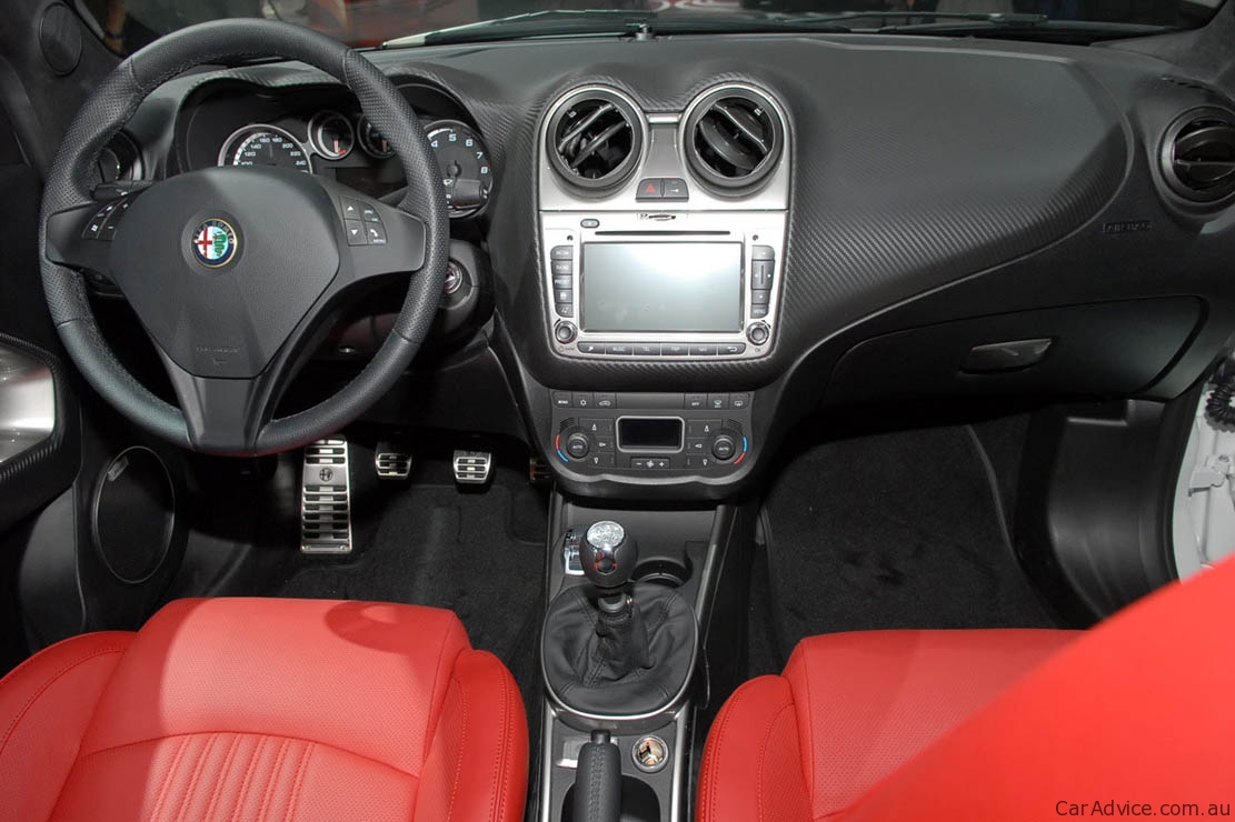 2010 alfa romeo mito photos informations articles. Black Bedroom Furniture Sets. Home Design Ideas