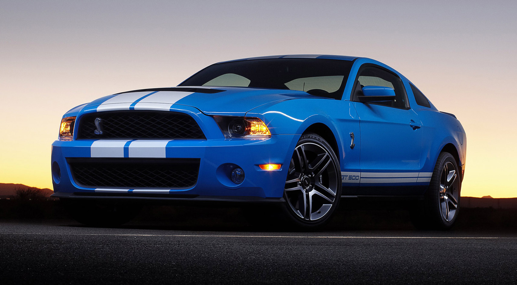 2010 Ford Shelby Gt500 #3