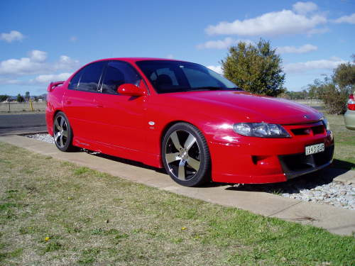 2002 Holden HSV #3