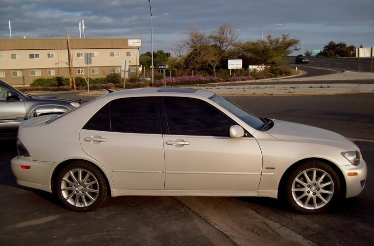 2004 Lexus IS #8