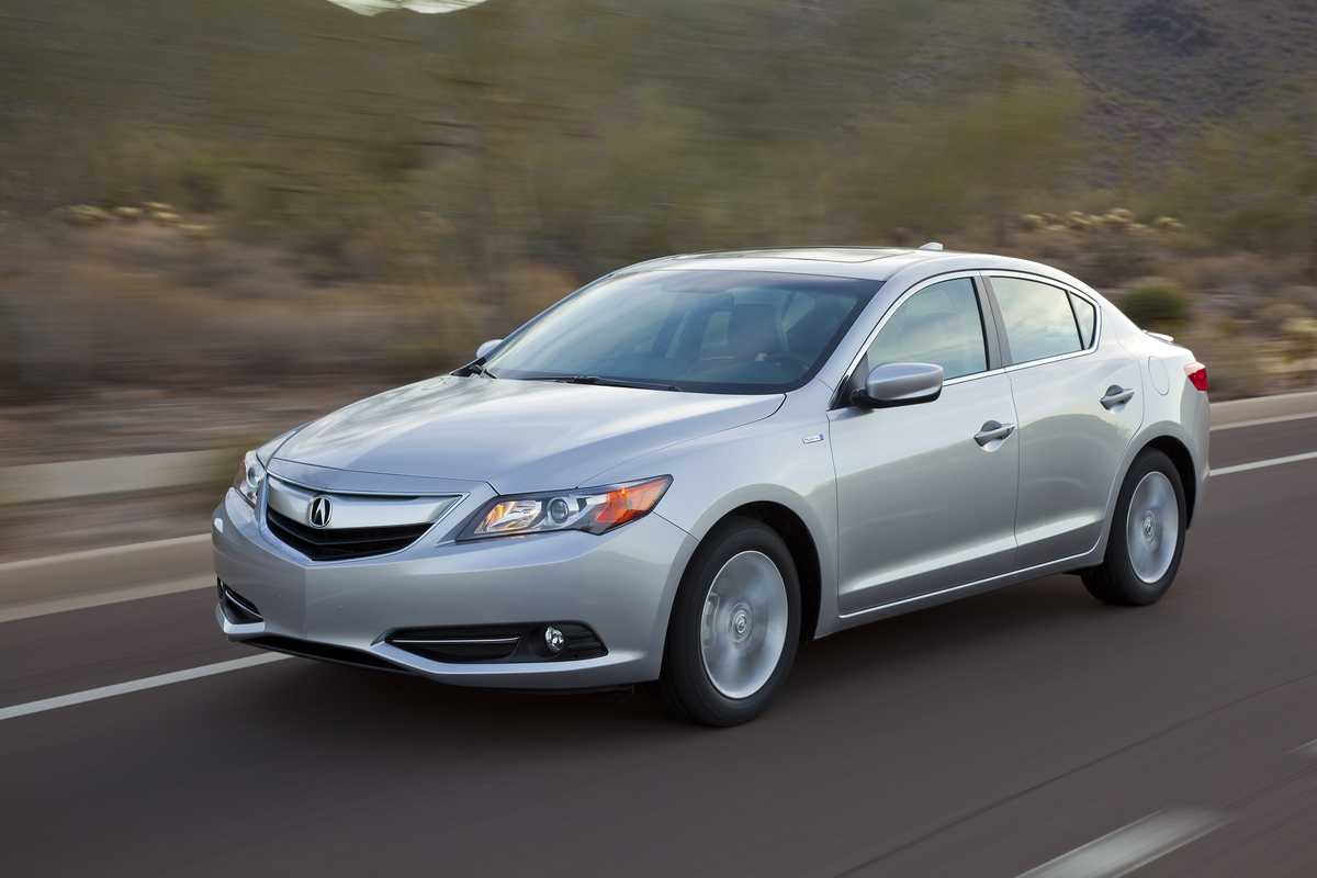 tech still quarter sophomore upgrade help a front cars acura needs year ilx three gets