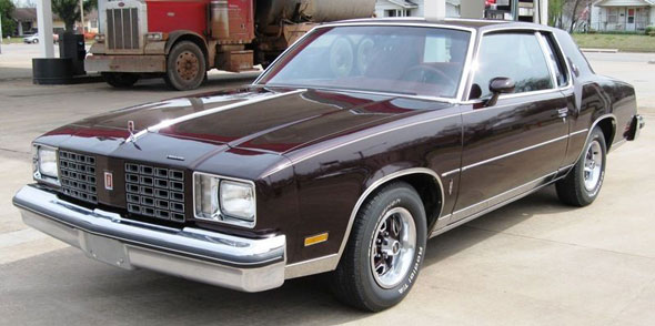 Oldsmobile Cutlass Calais #13