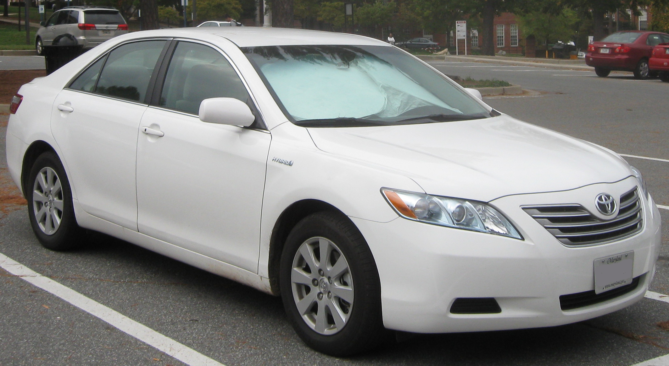 Used 2012 Toyota Camry Hybrid XLE MPG Gas Mileage Data Edmunds
