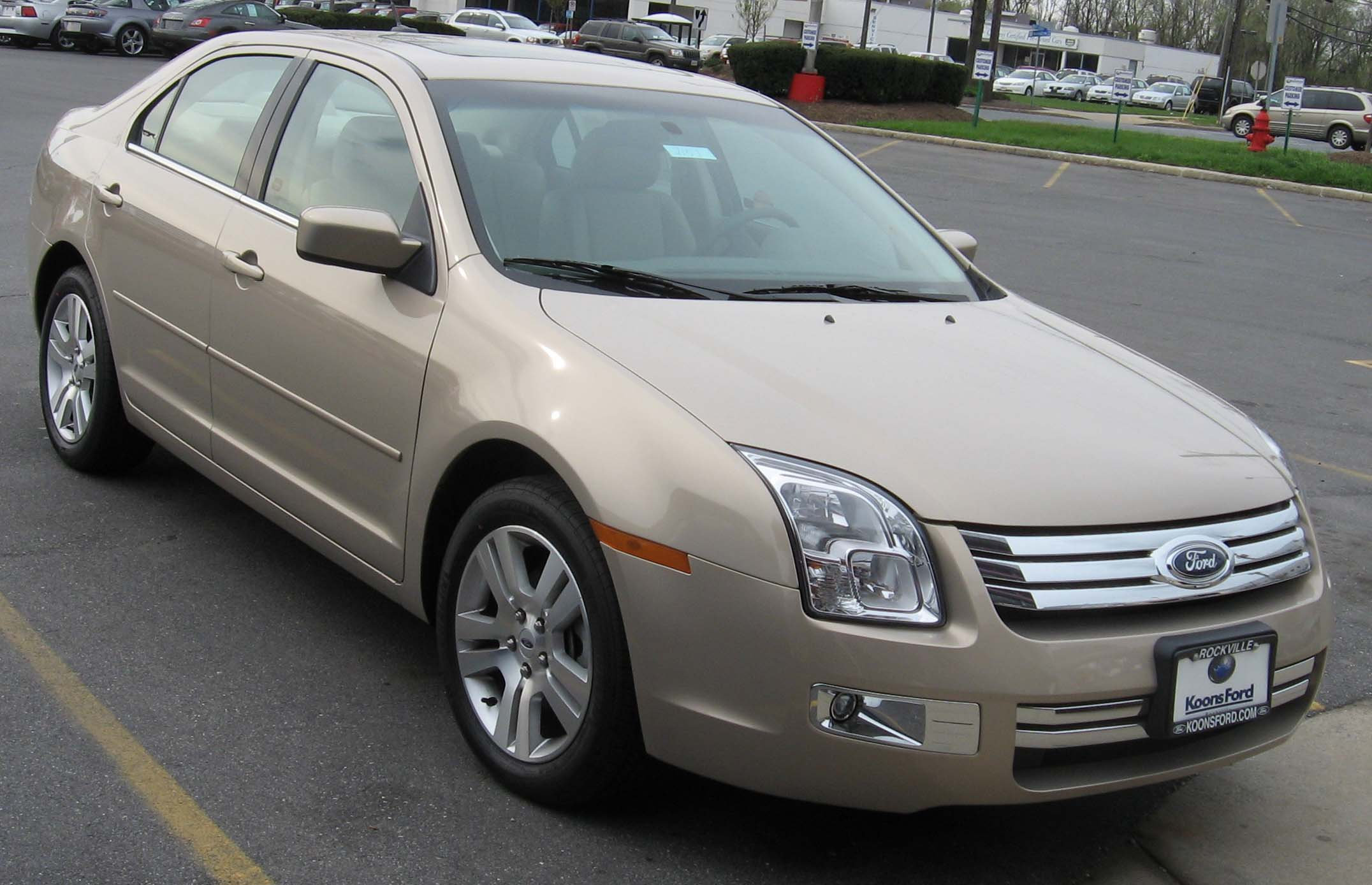 2007 Ford Fusion #2
