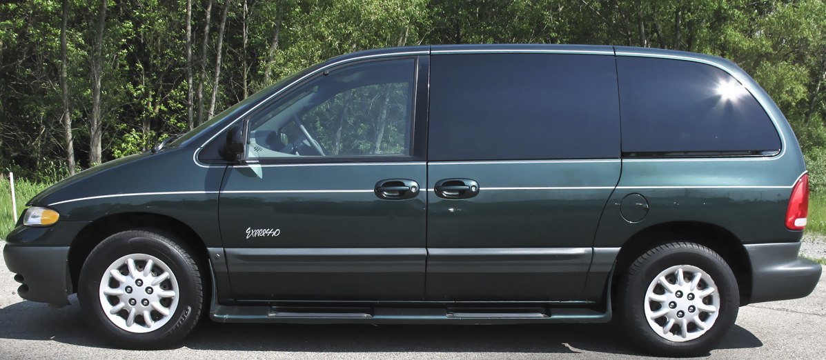 1998 Plymouth Voyager #9