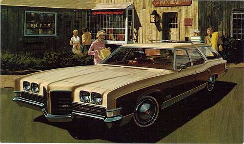 Pontiac Grand Safari #14