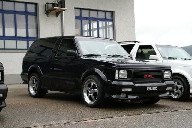 GMC Typhoon #13