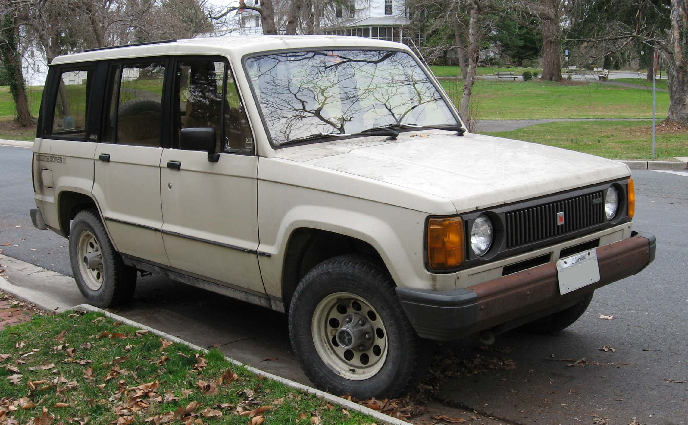 Isuzu Trooper #2
