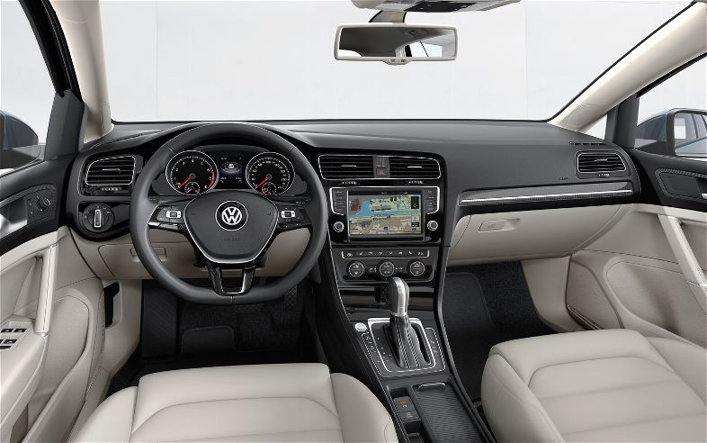2014 Volkswagen Golf #18