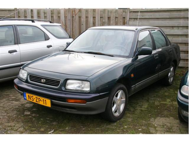 1995 Daihatsu Applause #12