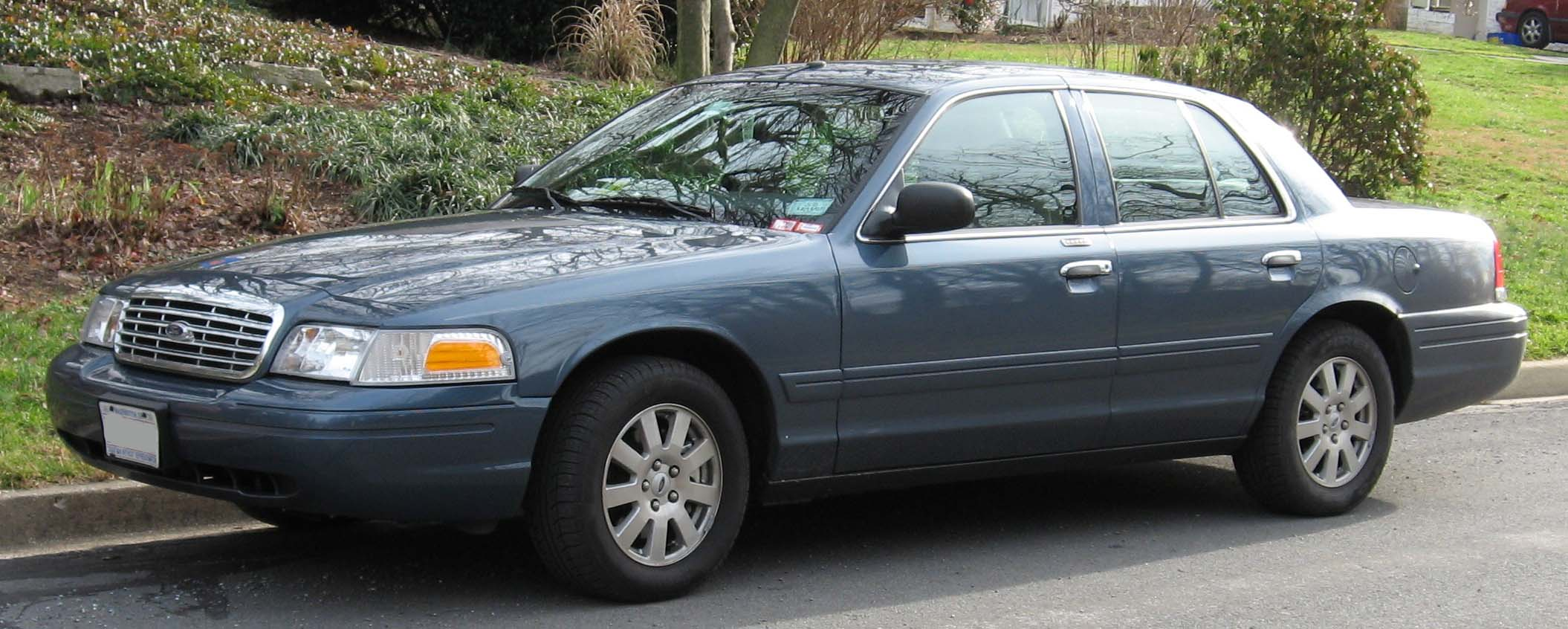 2007 Ford Crown Victoria #5
