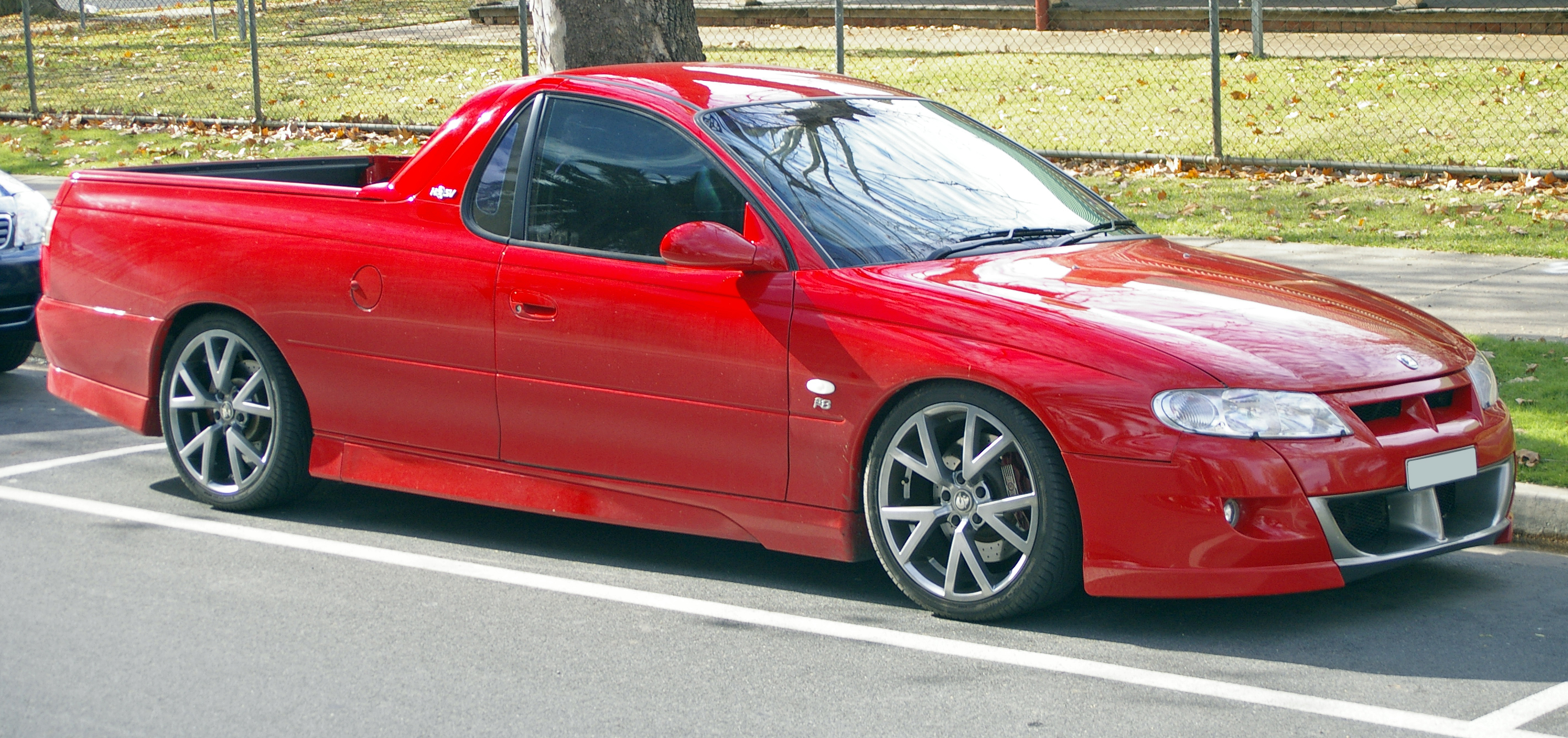 2002 Holden HSV #5