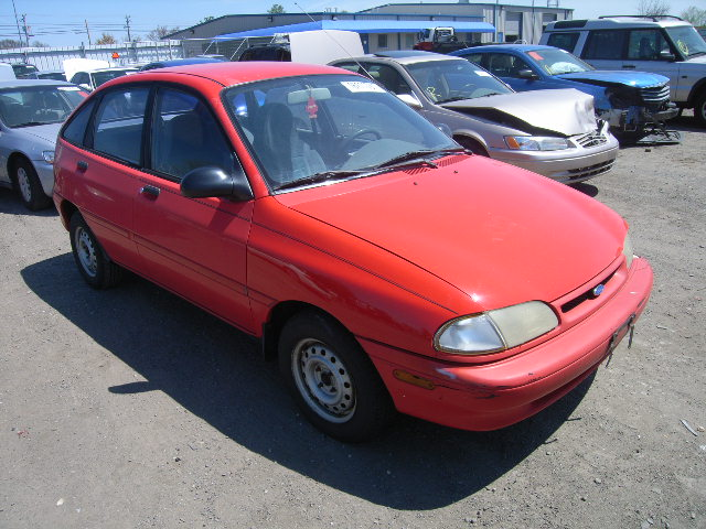 1995 Ford Aspire #16