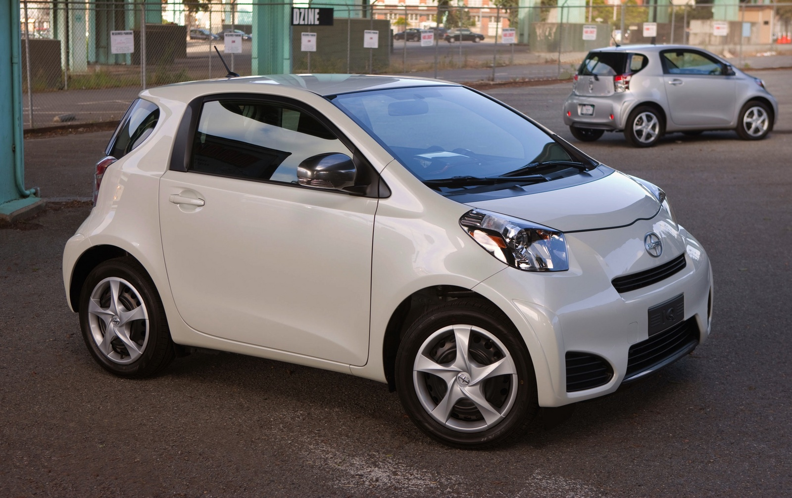 2015 Scion Iq #11