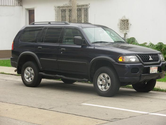 2004 Mitsubishi Montero Sport Photos Informations Articles