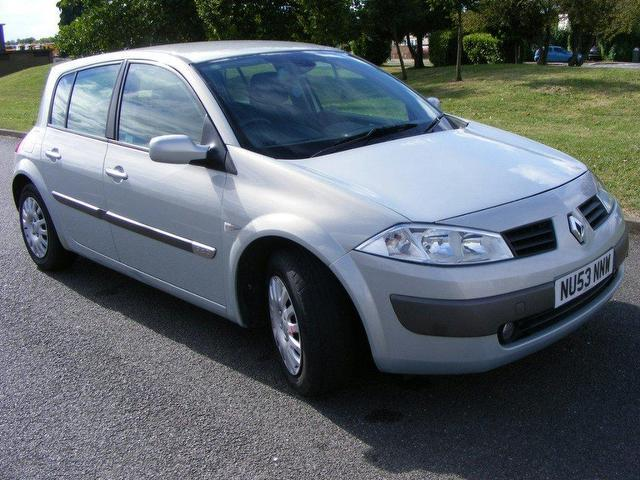 2003 renault megane photos  informations  articles 2012 Hyundai Accent Hatchback renault megane ii hatchback manual
