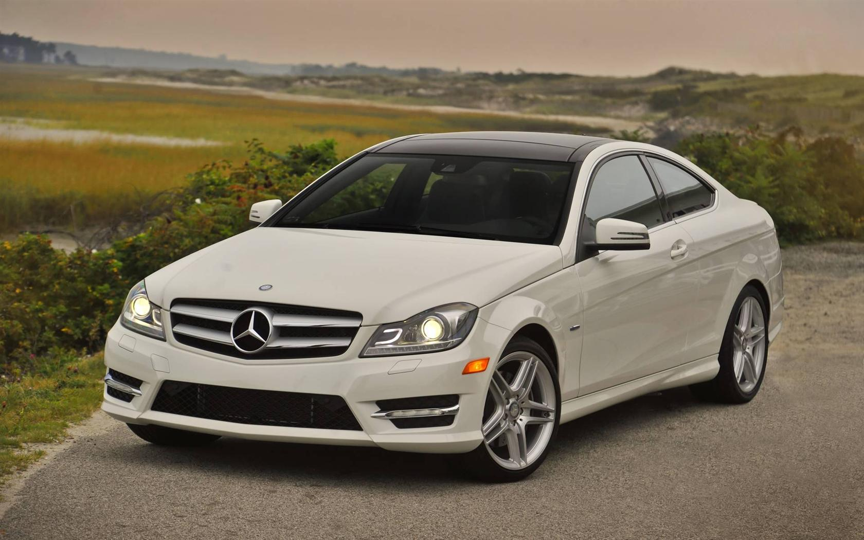 Image gallery 2013 mercedes for Mercedes benz c250 cargurus