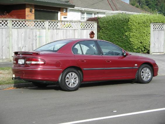 2000 Holden Commodore #10