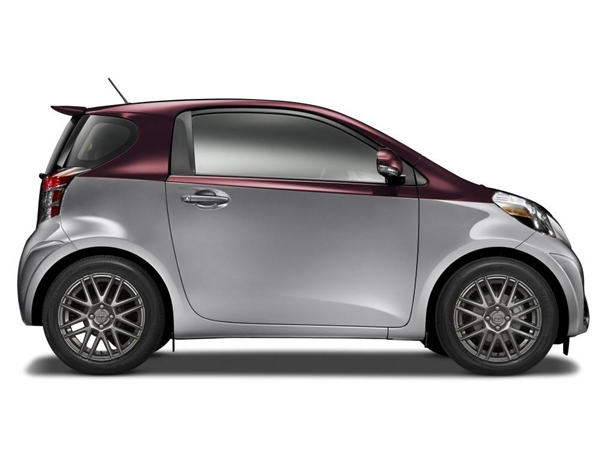2014 Scion Iq #11