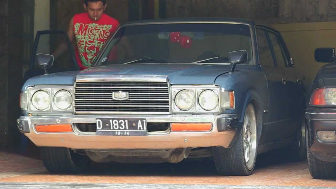 1978 Toyota Crown #4