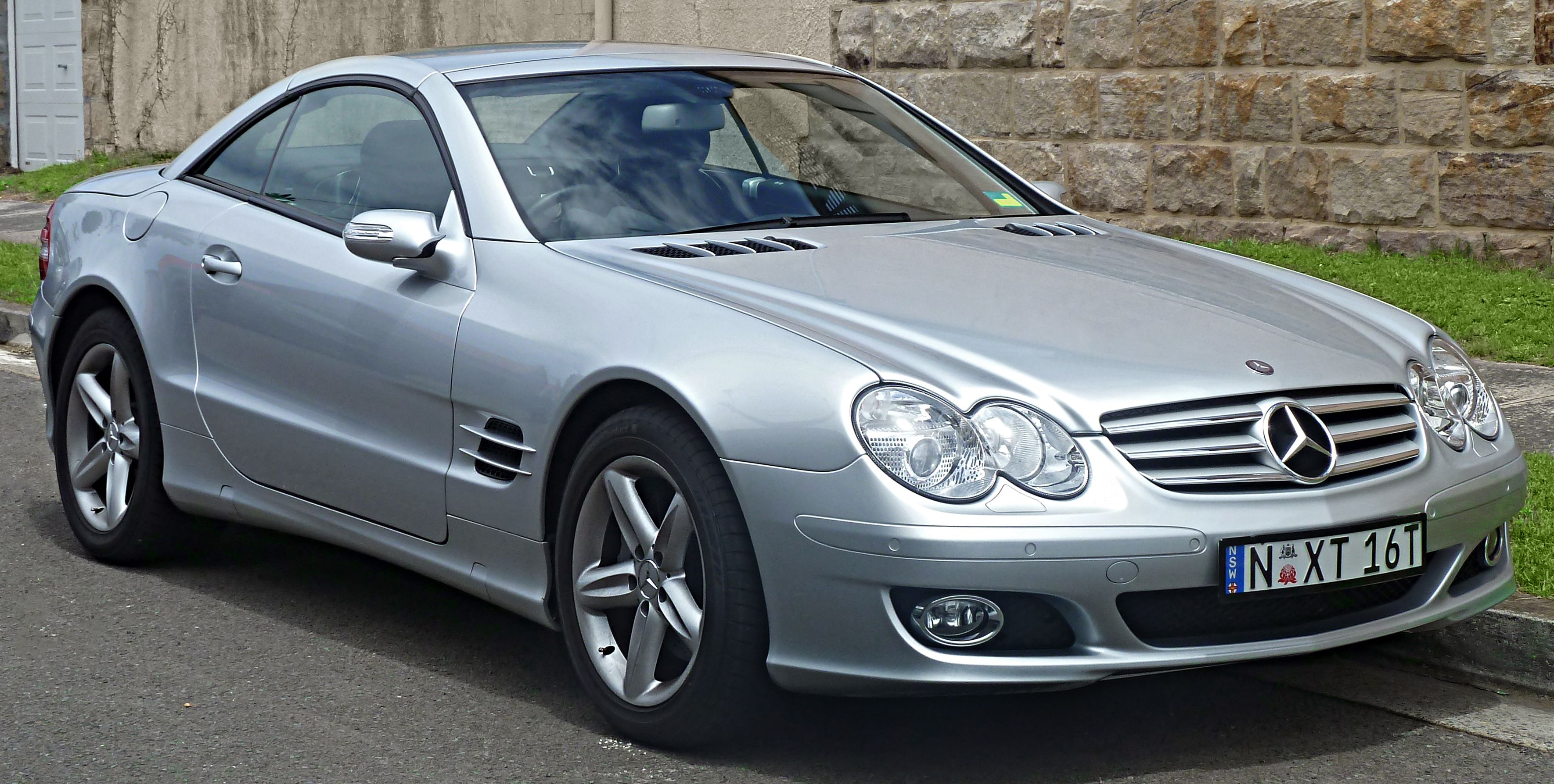 2004 Mercedes-Benz SL #19
