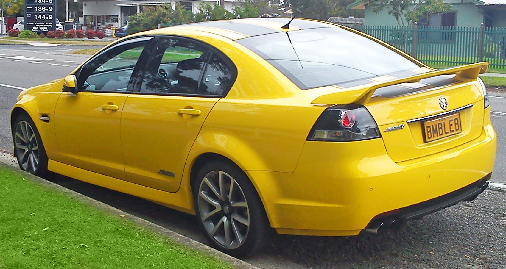 2011 Holden Commodore #15