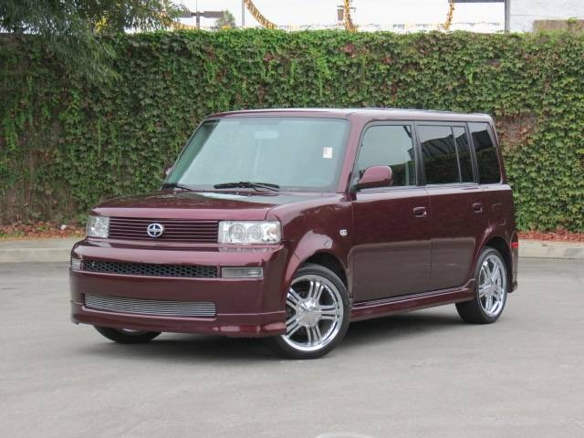2005 Scion Xb #9