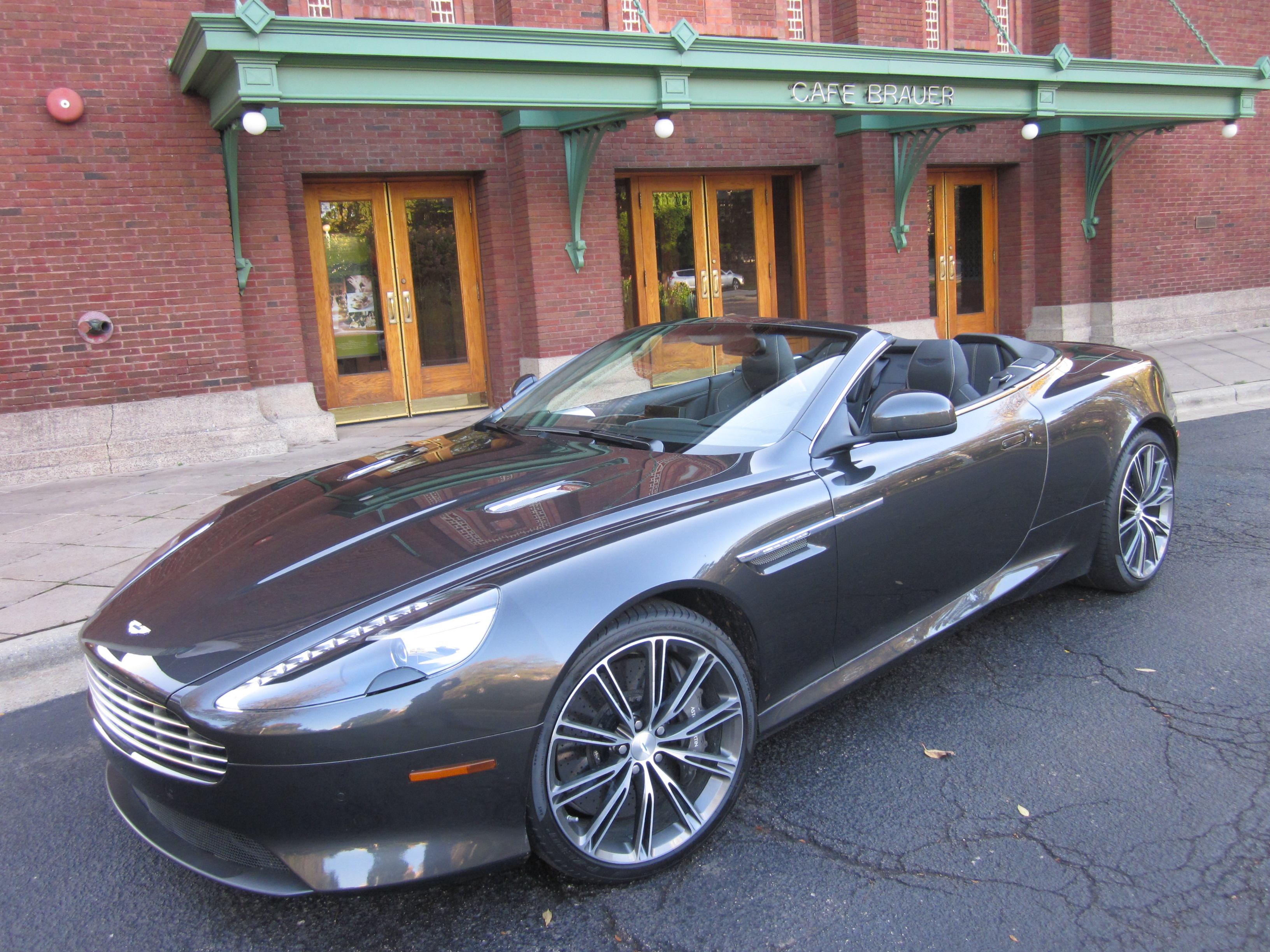 2012 Aston Martin Virage #8