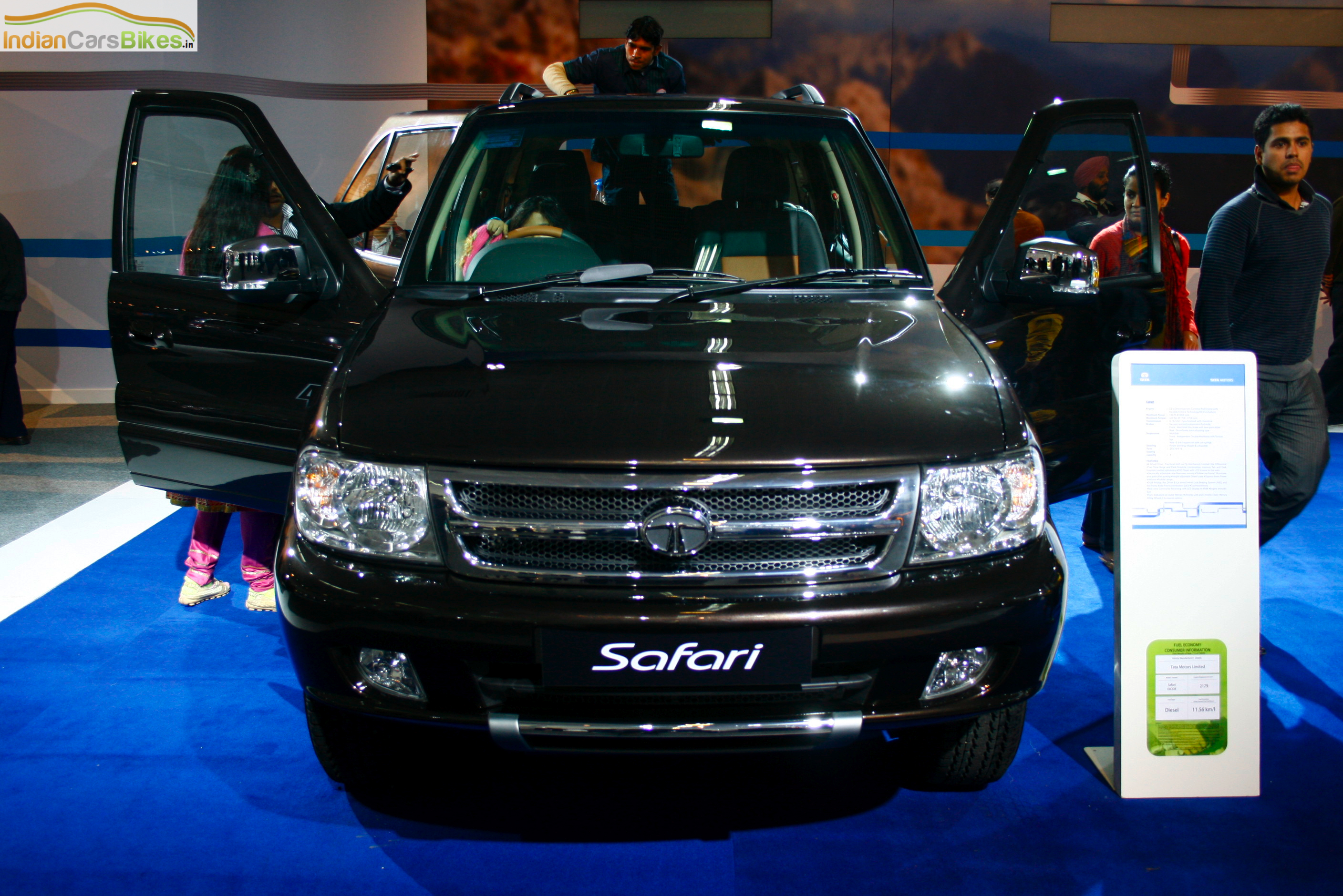 2010 Tata Safari #3