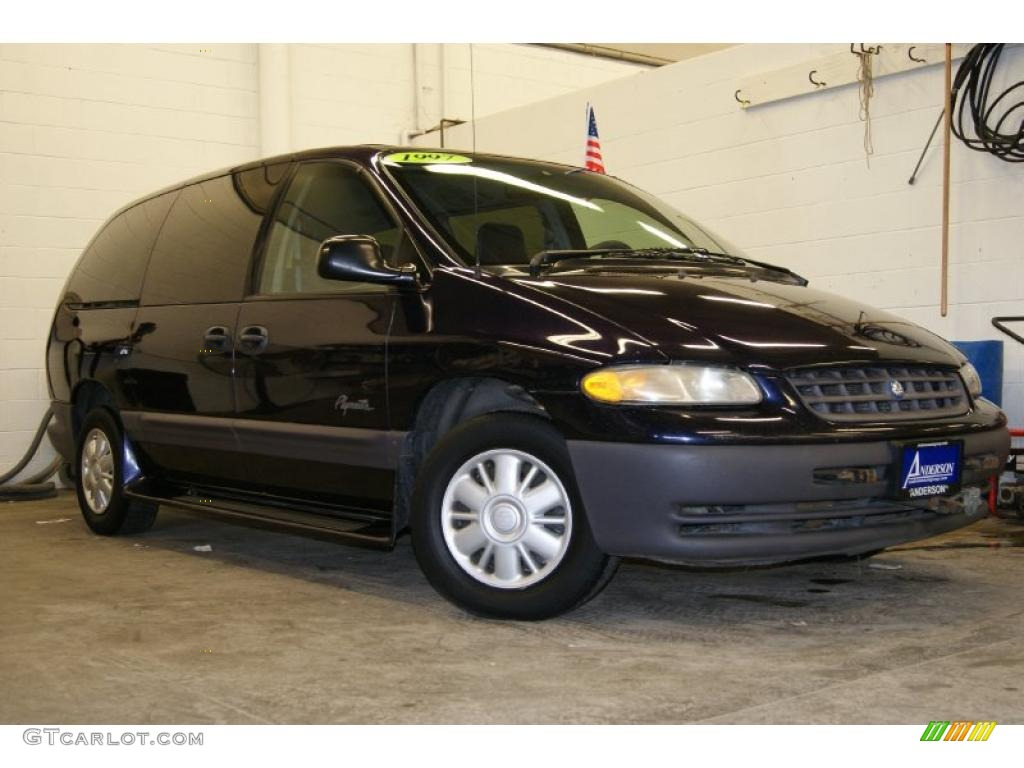 1997 Plymouth Grand Voyager #12