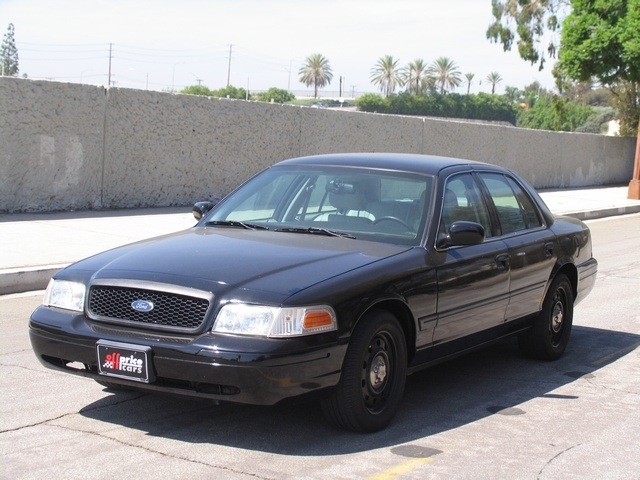 2010 Ford Crown Victoria #5