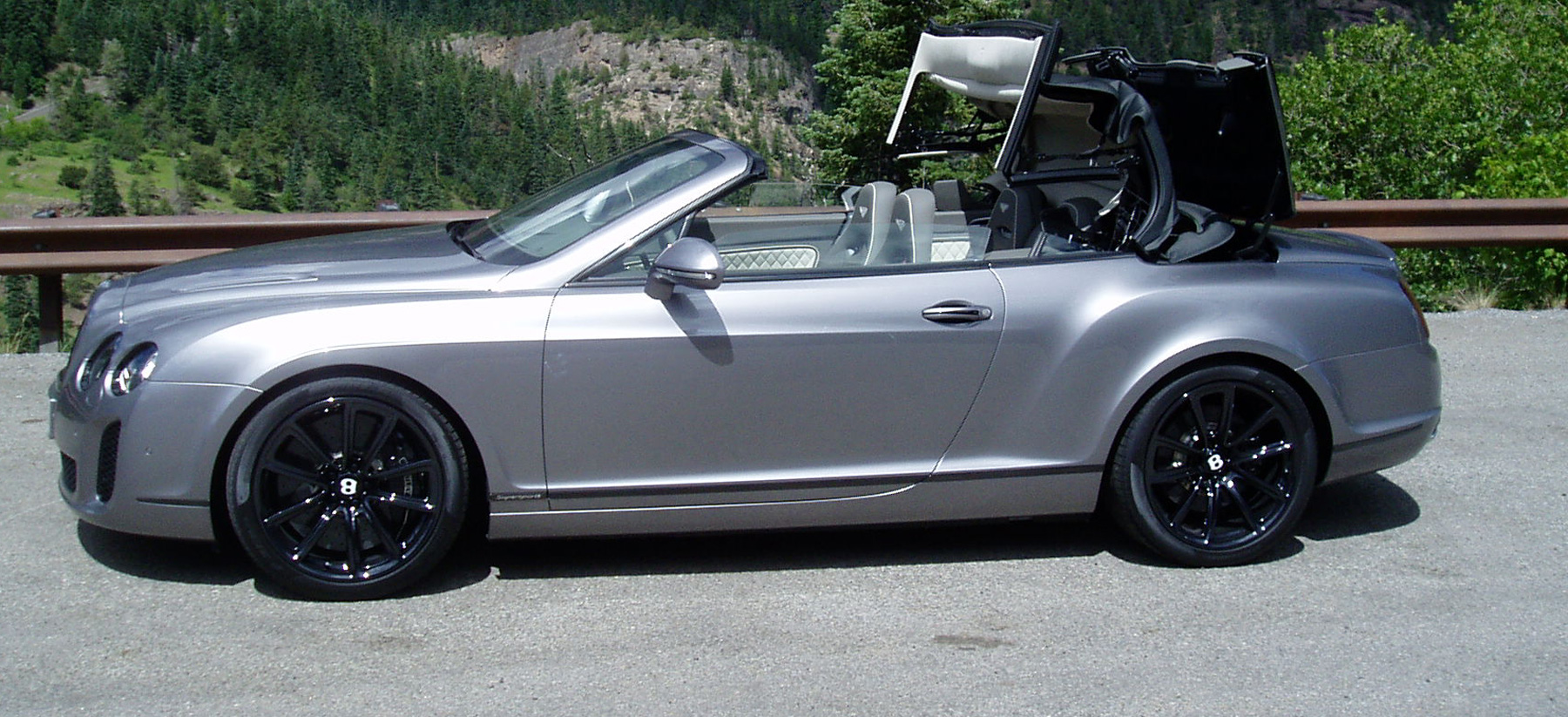 2011 Bentley Continental Supersports Convertible #19