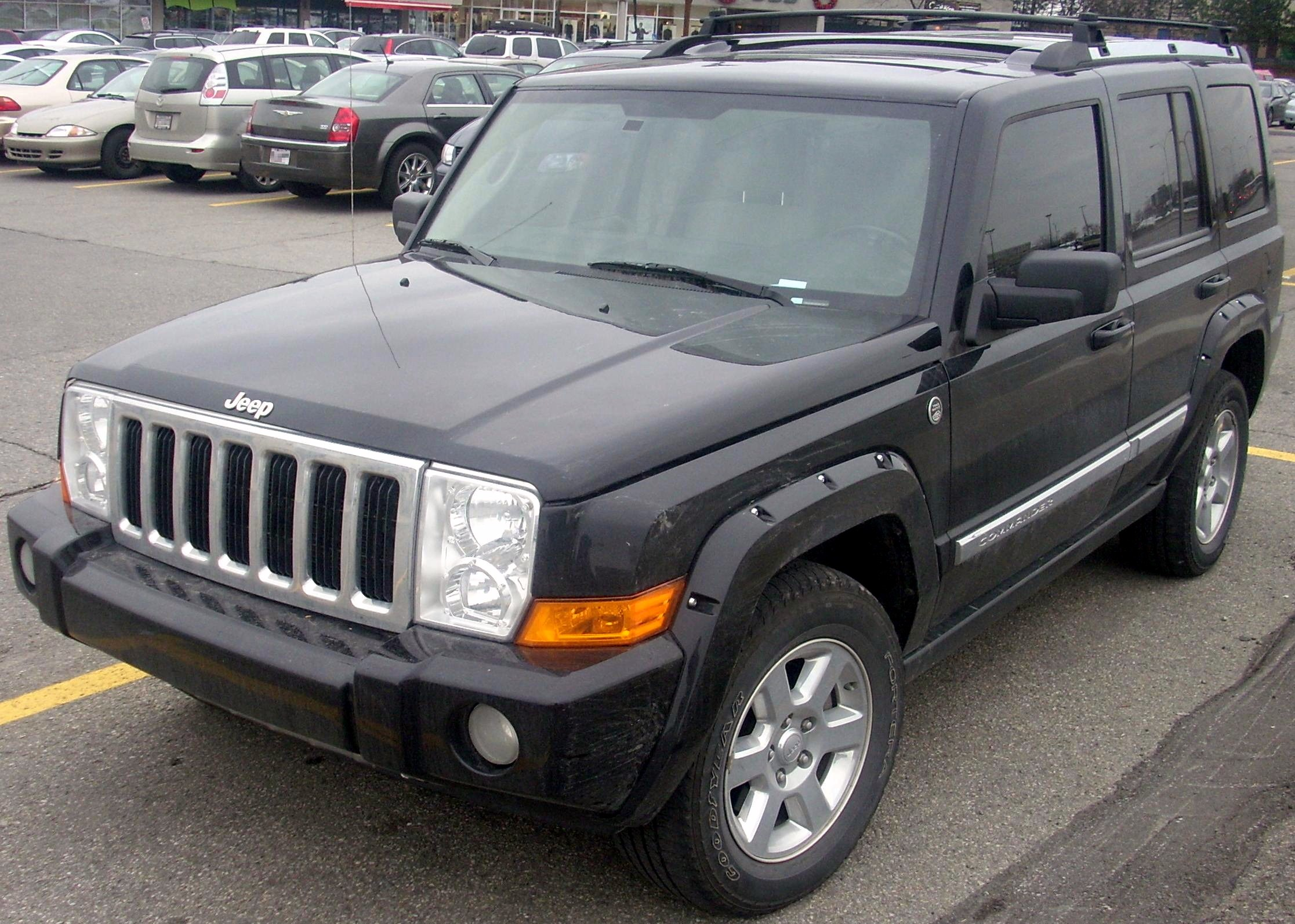 2009 Jeep Commander #11