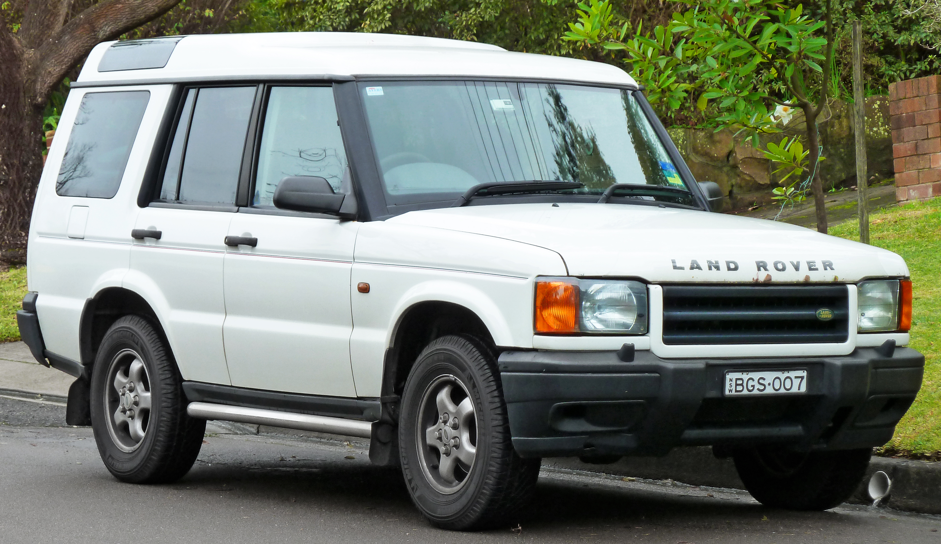 1999 Land Rover Discovery #1