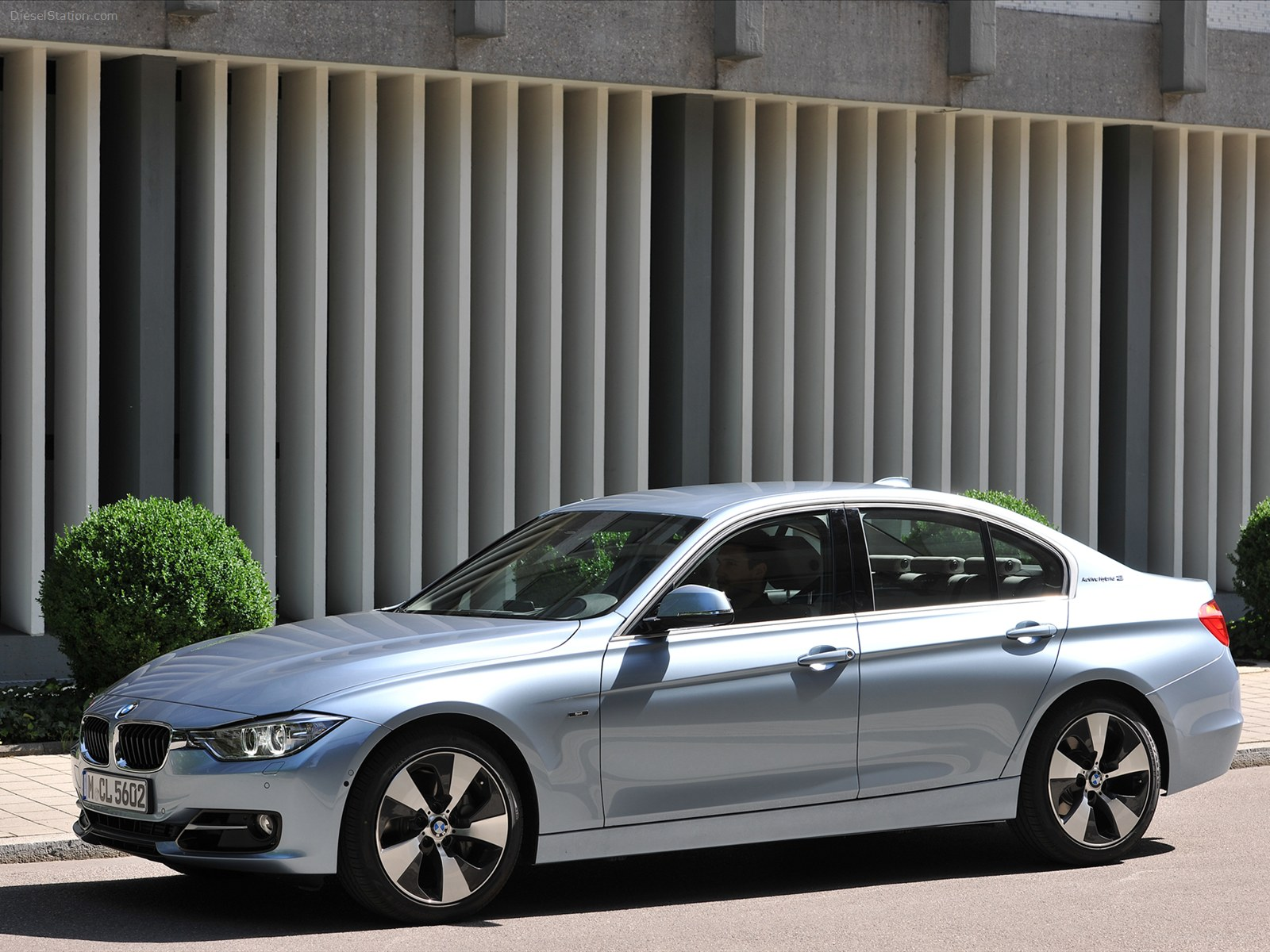 BMW ActiveHybrid 3 #12