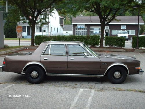 1986 Plymouth Gran Fury #9