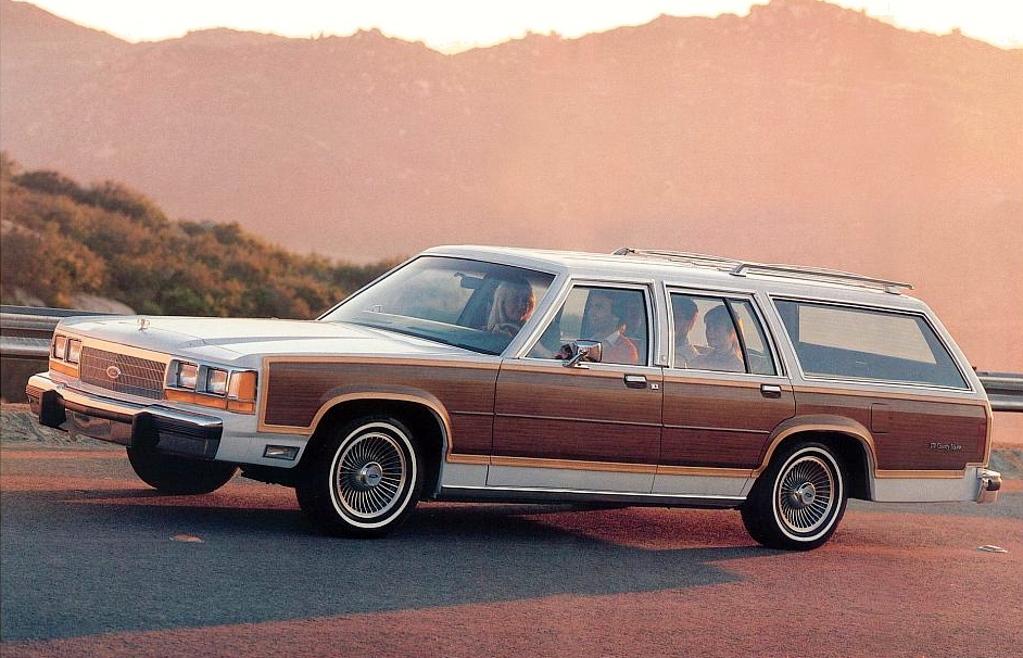 Ford Ltd Crown Victoria #20