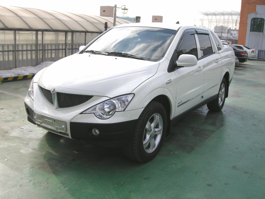 2010 Ssangyong Actyon #14