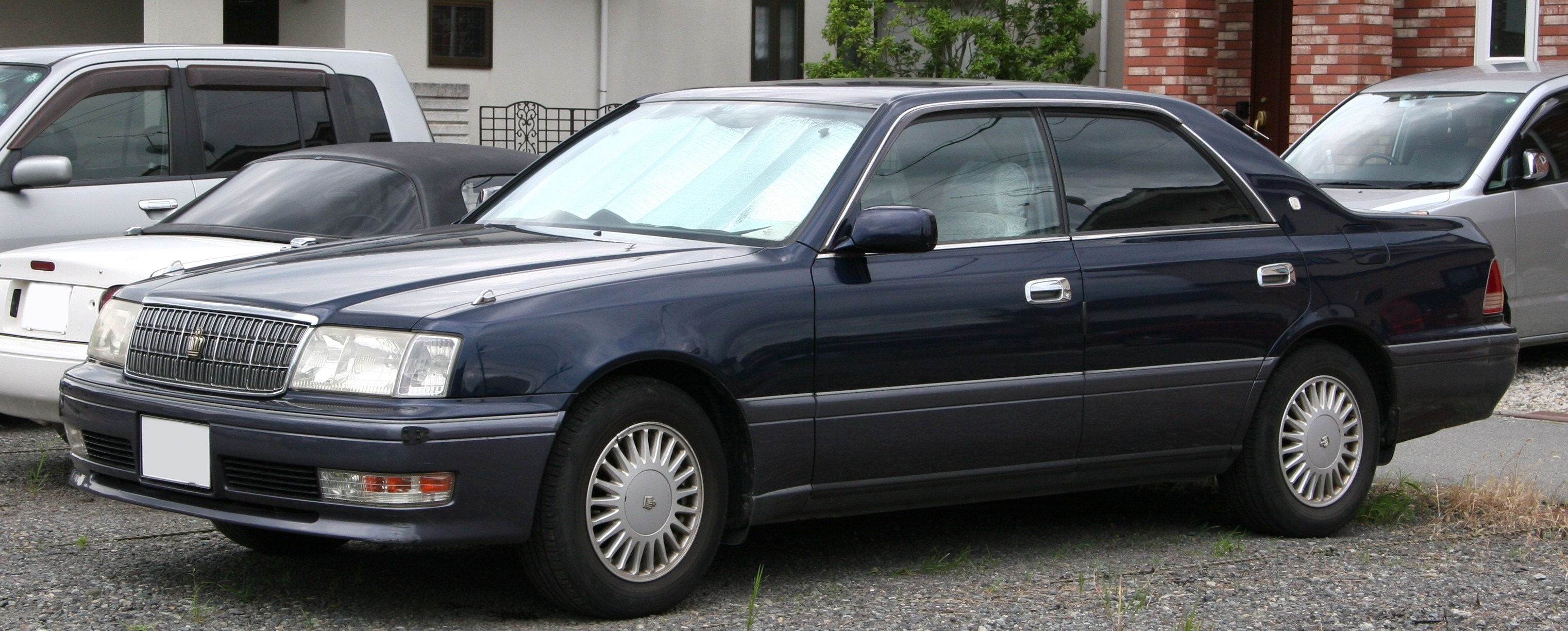 2000 Toyota Crown #6