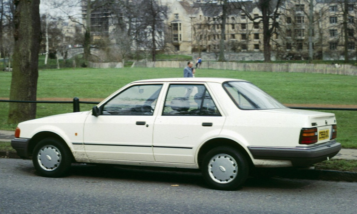 1988 Ford Orion #1