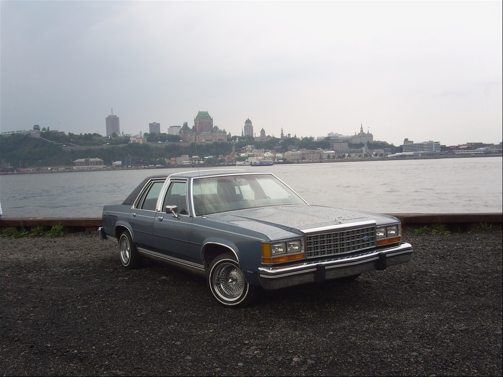Ford Ltd Crown Victoria #17
