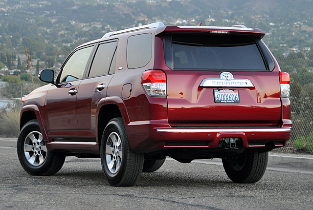 2012 toyota 4runner photos informations articles. Black Bedroom Furniture Sets. Home Design Ideas
