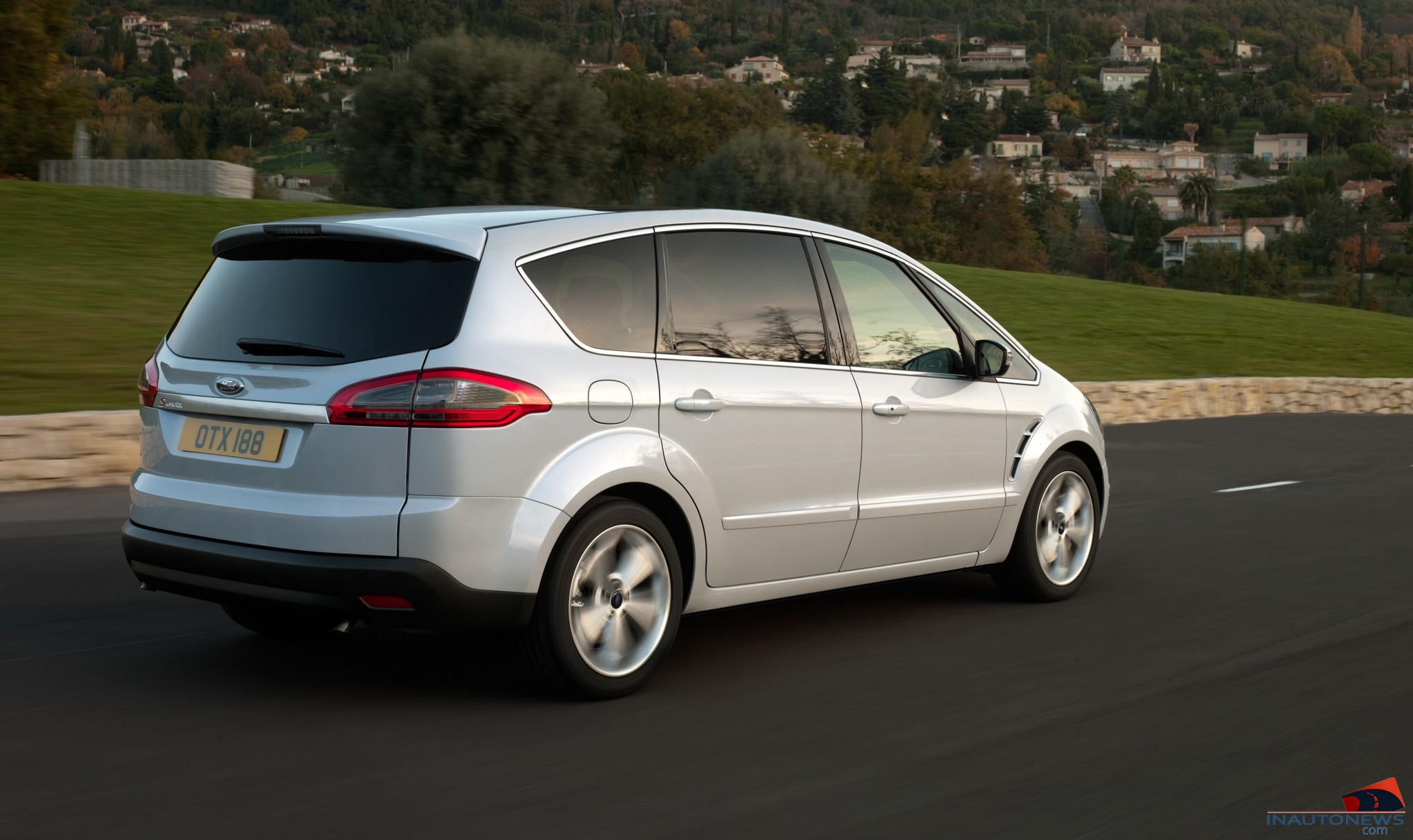 2010 Ford S-Max #14